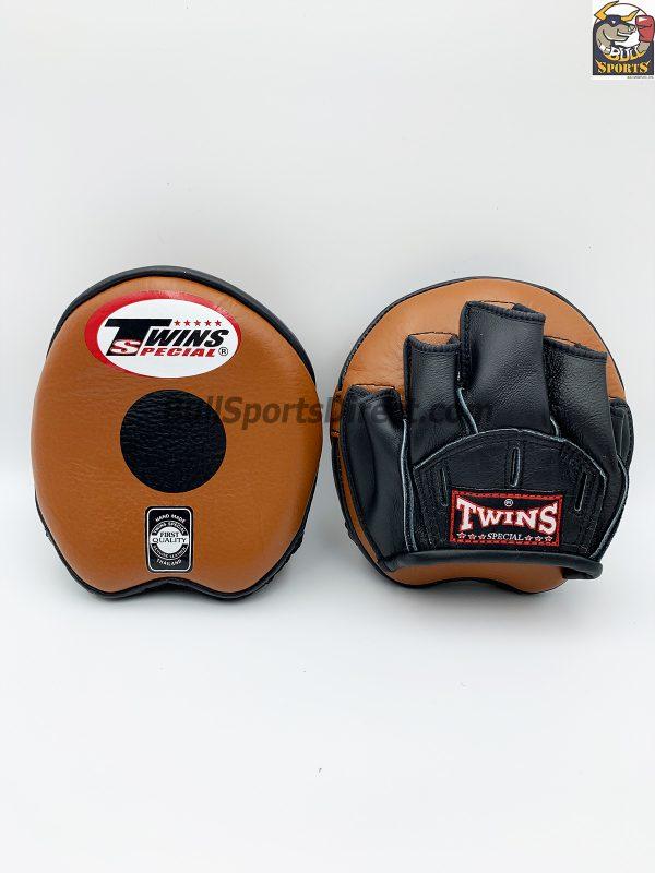 Twins-PML-13 Punching Mitts-Brown/Black