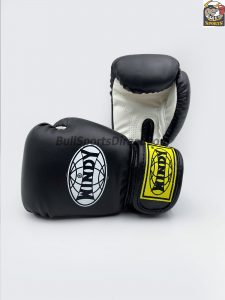 Windy Boxing Gloves BGVH+K Black