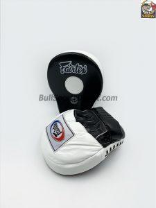 Fairtex FMV9 White/Black