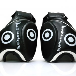 Fairtex Thigh Pads Black-TP3