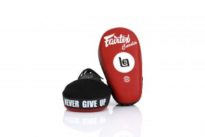 Fairtex FMV12 Red/Black